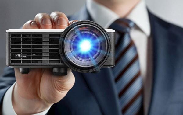Optoma DLP-/ LED-Beamer ML1050ST